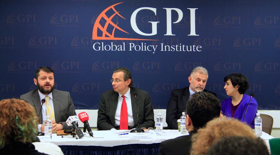 """""""Terörü Bitirmek İçin Küresel İşbirliği Şart"""""""